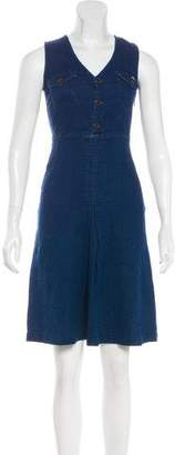 Mother Sleeveless Knee-Length Dress