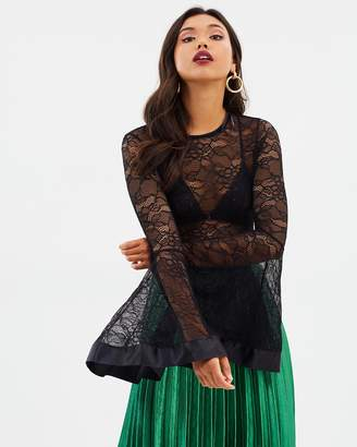 Missguided Flare Sleeve Lace Bodysuit
