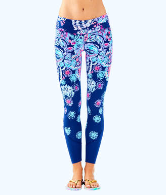 "Lilly Pulitzer Womens UPF 50+ Luxletic 26"" Maralyn Weekender Legging"