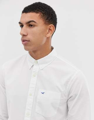 Hollister Poplin Icon Seagull Logo Button Down Collar Stretch Slim Fit Pocket Shirt in White