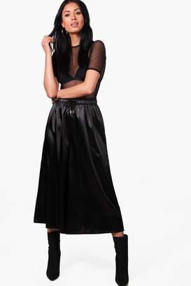 boohoo Behati Satin Drawcord Waist Wide Leg Cropped Trousers