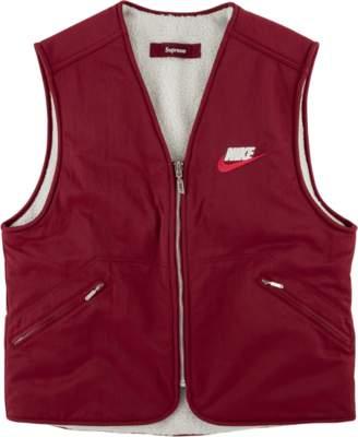 Supreme Reversible Nylon Sherpa Vest - 'FW 18' - Burgundy