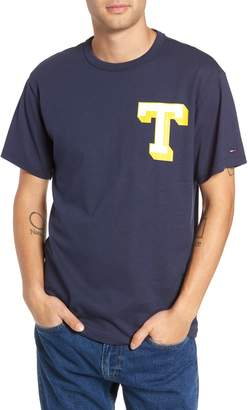 Tommy Jeans Essential Graphic T-Shirt