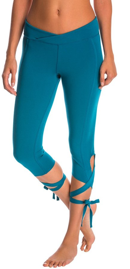 Free People Movement Turnout Yoga Capris 8140522