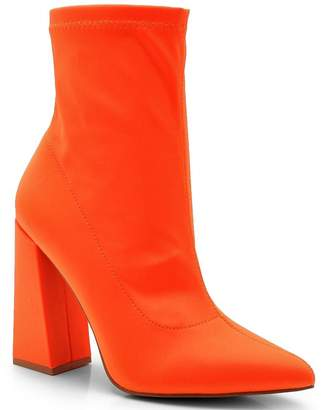boohoo Pointed Toe Block Heel Boots
