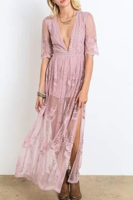 Wishlist Lace Maxi Dress $90 thestylecure.com