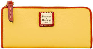 Dooney & Bourke Pebble Grain Zip Clutch