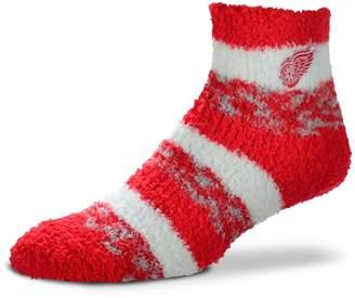 For Bare Feet Women's Detroit Red Wings Pro Stripe Slipper Socks