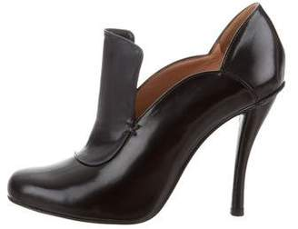 Robert Clergerie Patent Leather Pointed-Toe Booties