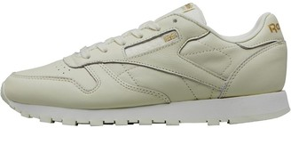 ab415be37e2e Reebok Classics Womens Leather Spring Crush Trainers Classic White Chalk Gold  Metallic