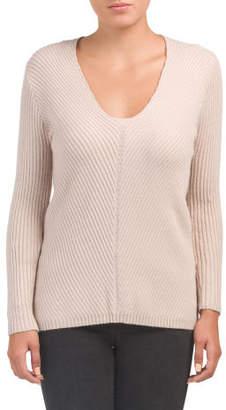 Juniors V-neck Miter Detail Sweater
