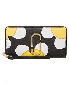 Marc Jacobs Snapshot Daisy Wallet