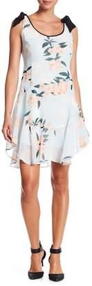 Donna Morgan Ruffle Hem Floral Print Dress