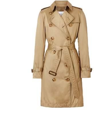 Burberry Kensington Large Neck Leather Details