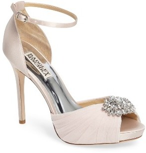 Women's Badgley Mischka Tad Ankle Strap Pump $225 thestylecure.com