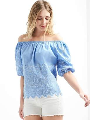 Off-shoulder embroidered paisley top $59.95 thestylecure.com