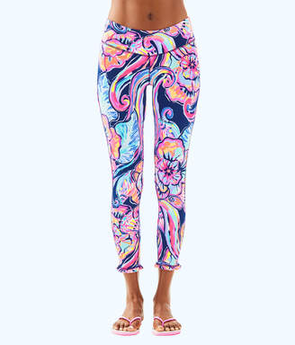 "Lilly Pulitzer Womens UPF 50+ Luxletic 24"" Marla Weekender Midi Legging"