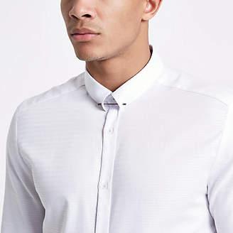 River Island White jacquard metal bar collar shirt