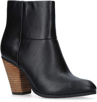 Nine West Hollie