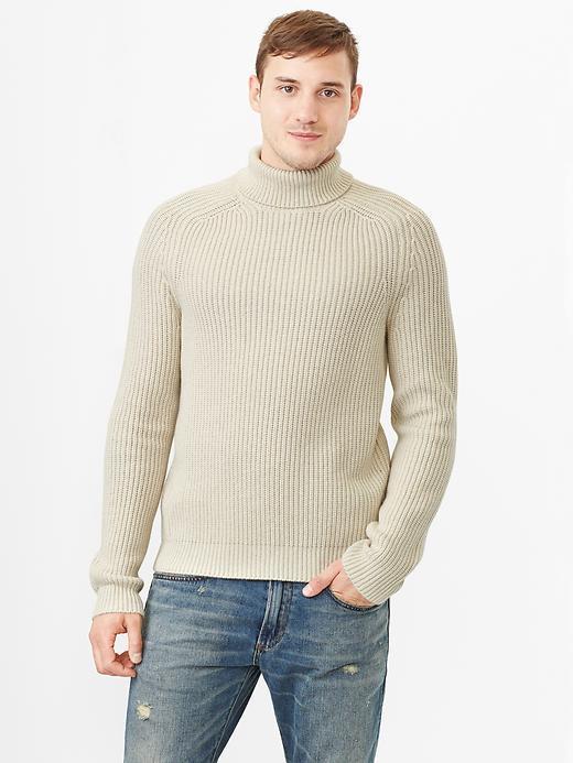 Gap Lambswool turtleneck sweater