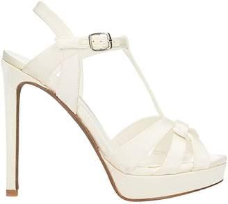 Lola Cruz Sandals In White Satin