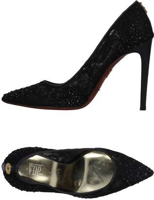 Vdp Collection Pumps - Item 11361714