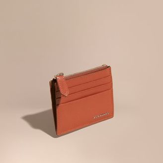 Burberry London Leather Zip-top Card Case $250 thestylecure.com