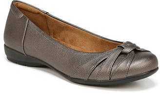 Naturalizer Gift Flat - Women's
