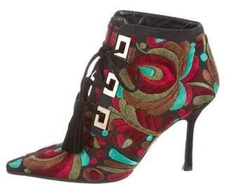 Oscar de la Renta Embroidered Pointed-Toe Boots