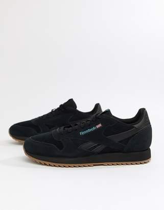 Reebok CL Suede MU Ripple Sneakers in triple black