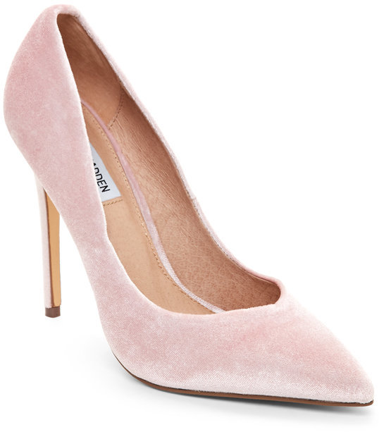 steve madden Pink Wicket Velvet Pointed Toe Pumps