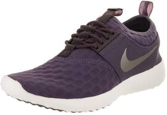 Nike Women's Juvenate Sneaker