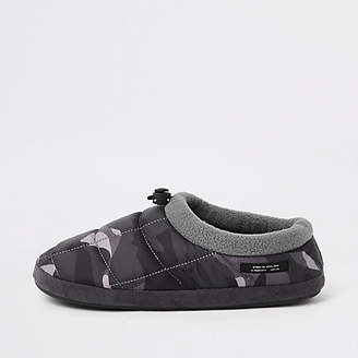 River Island Grey camo padded toggle slippers