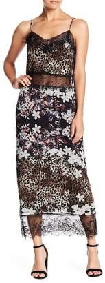 Willow & Clay Printed Eyelash Lace Dress