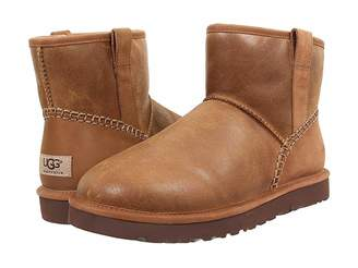 UGG Classic Mini Stitch Men's Pull-on Boots