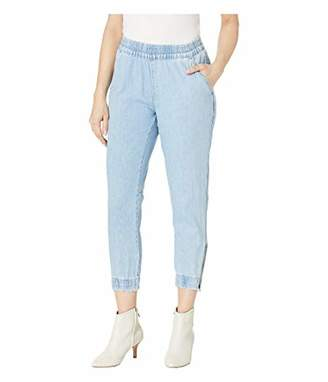 4bbb399d Levi's Women's Jet Set Taper Zip Pants