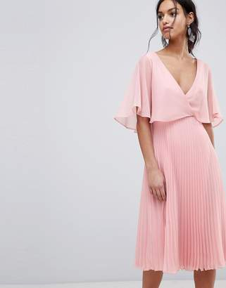 6b303ddd276 Asos Design DESIGN midi dress with pleat skirt and flutter sleeve