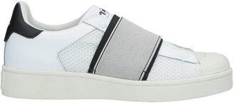 MOA MASTER OF ARTS Low-tops & sneakers - Item 11613367AR