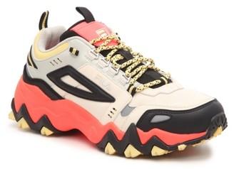 Fila Oakmont TR Sneaker - Women's