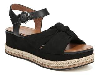 Naturalizer Berry Platform Sandal