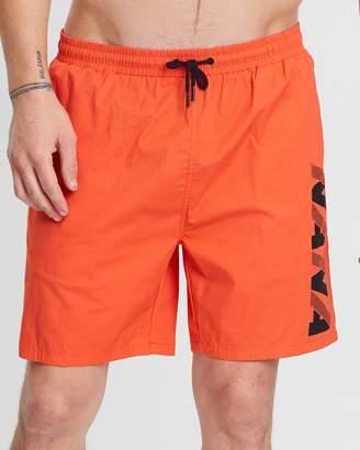 Distinction Shorts