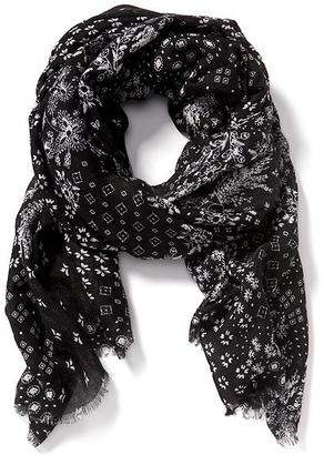 Patterned Linear Scarf for Women $16.94 thestylecure.com