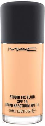 M·A·C MAC Studio Fix Fluid SPF 15