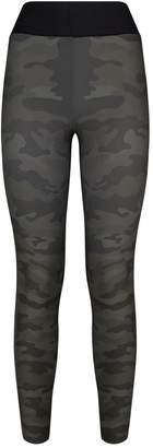 ULTRACOR Camouflage High-Waist Terrain Leggings