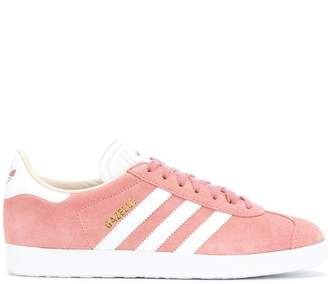 purchase cheap 150d4 c4911 adidas Gazelle sneakers