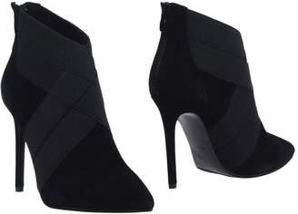 Ermanno Scervino Ankle boots