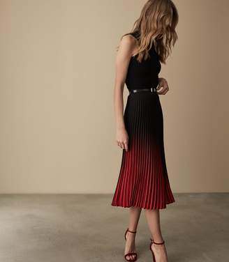 Reiss MARLIE OMBRE PLEATED MIDI SKIRT Red/black