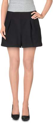 Line & Dot Shorts