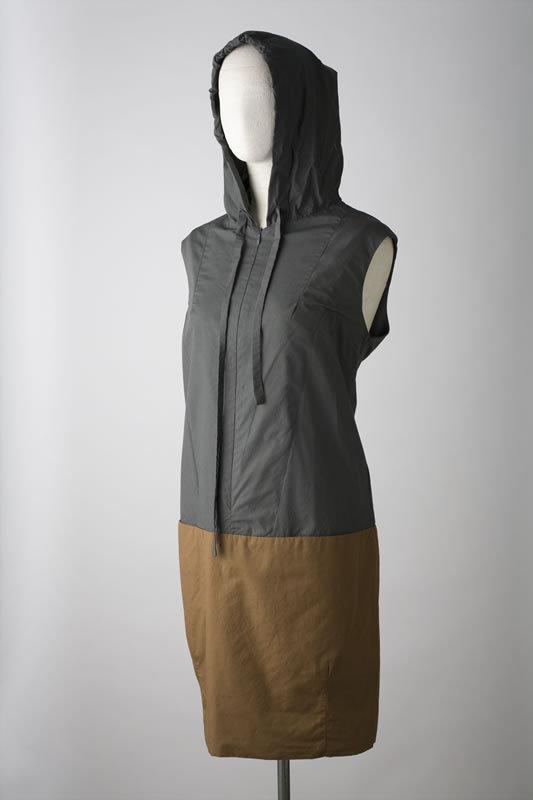 Lee Mathews Pod Dress W Hood