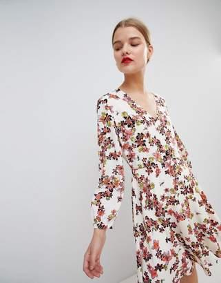 Essentiel Antwerp Flippy Dress in Floral Print